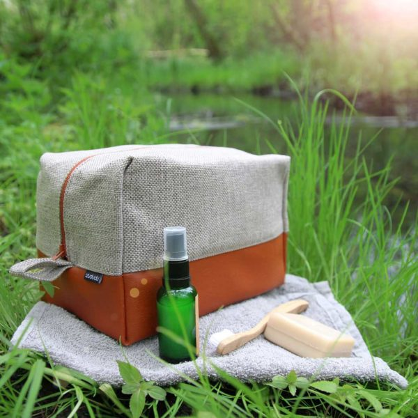 Large toiletry bag, travel cosmetic bag