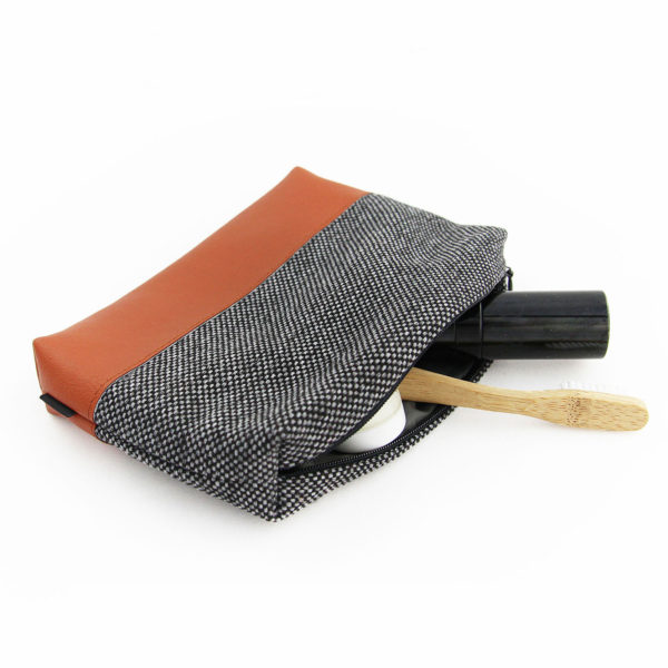 Makeup-bag-travel-makeup-pouch