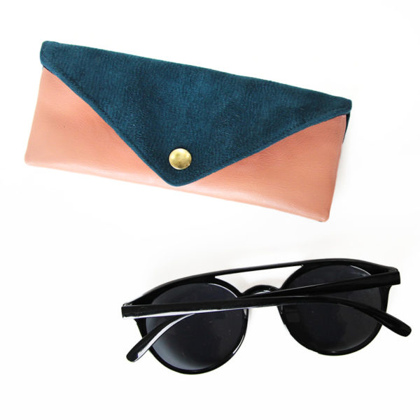 Eyeglass case, sunglasses case
