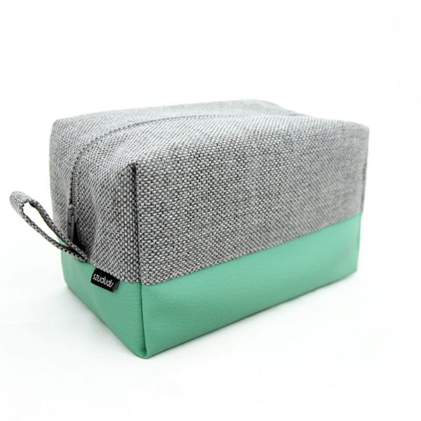 Travel toiletry bag turquoise